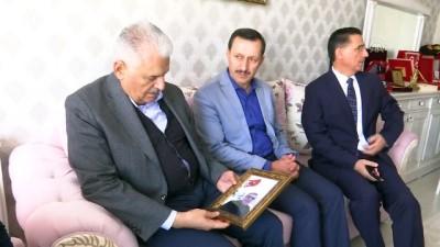 TBMM Başkanı Yıldırım, 15 Temmuz şehitlerinden Celalettin İbiş'in ailesine ziyaret - ANKARA
