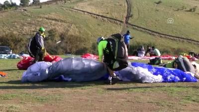 Yamaç paraşütü tutkunlarının gözdesi Kırantepe - SAKARYA