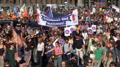 - Berlin'de ırkçılık karşıtı protesto - Almanya halkı 'ırkçılığa hayır' dedi