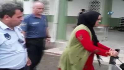 Çocuklarını dilendiren annelere operasyon...7 anne gözaltına alındı