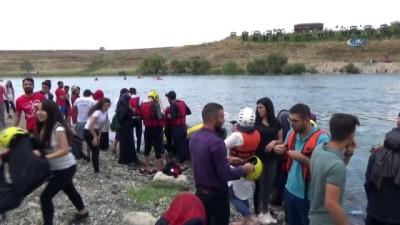 Muş'ta su sporları şenliği