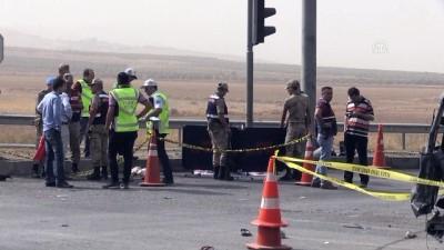ticari arac - Trafik kazası: 2 ölü, 5 yaralı - KAHRAMANMARAŞ