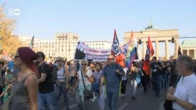 sivil toplum - Berlin'de ırkçılığa karşı protesto