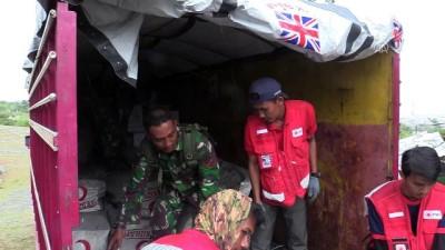 kargo ucagi - Endonezyalı afetzedeler Türkiye'den getirilen çadırlarda barınacak - PALU