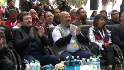 Türkiye'nin barış temalı ilk ve tek maratonu binlerce kişinin katılımıyla gerçekleştirildi