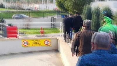 Atatürk büstüne tokat atıp video çeken 2 kişi tutuklandı