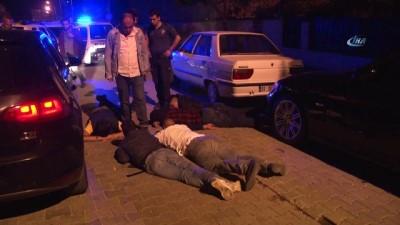 Plakaları olmayan araç kovalama sonucu yakalandı, araçta ruhsatsız silah çıktı