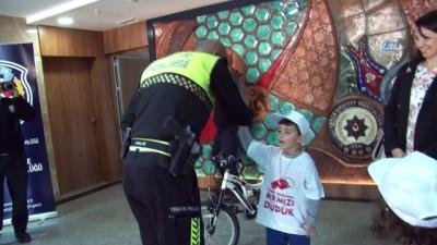bisiklet -  Emniyetten çocuklara bisiklet