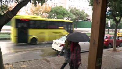 Gaziantep'te 2 gündür etkili olan toz bulutu yerini yağmura bıraktı