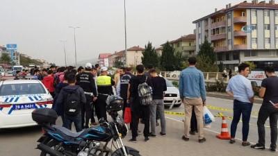 Yolun karşısına geçmek isteyen 17 yaşındaki Şirin'e otomobil böyle çarptı