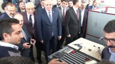 Sanayi Bakanı Varank, kaynak yaptı