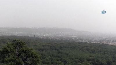 Suriye üzerinden gelen toz bulutu Antalya'yı etkisi altına aldı