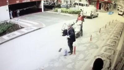 Bisiklet ile motosiklet çarpıştığı kaza kamerada