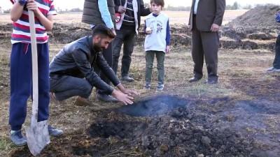 Toprak yanması köylüleri şaşırttı - MUŞ