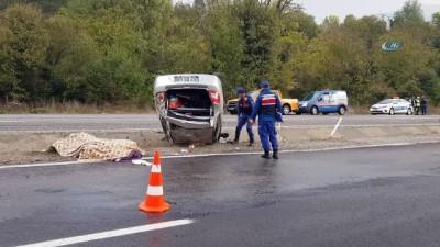 direksiyon -  Yağmur nedeniyle kayganlaşan yolda kaza yapan sürücü şoka girdi
