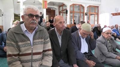 Camide imam sokakta 'bağımlılık savaşçısı' - KIRKLARELİ