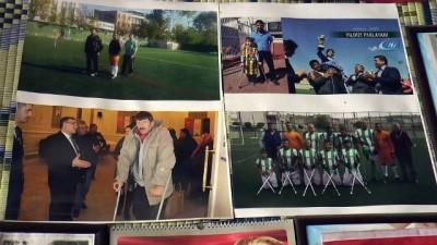 Eski futbolcu kendi kıraathanesini kariyer müzesine çevirdi