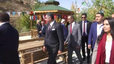 Milletvekili Erol, 1.TBMM'nin vekili Diyap Ağa'nın kabrini ziyaret etti