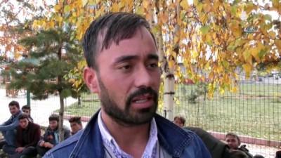 'Banker Bilo' gerçek oldu, göçmenleri Ankara diye Ardahan'a bıraktılar