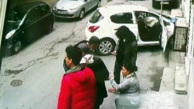 direksiyon -  Şişli'de aracıyla duvara çarpan kadın sürücü şok yaşadı