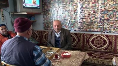 fotograf studyosu -  Bu çay ocağında çay içmek için vesikalık fotoğraf vermek zorunlu
