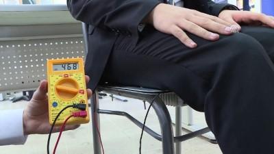 Öğrenciler 'oturduğu yerden' elektrik üretti - İZMİR