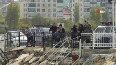 Beyşehir Gölünde paraşütle nefes kesen eğitim tatbikatı