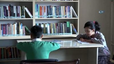 Beytüşşebaplı öğrenciler kütüphane için sıra bekliyor İzle