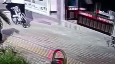 Çaldı, yakalandı, 'Pişmanım' dedi...Hırsızlık zanlısının çaldığı bisiklet ile yolculuğu kamerada