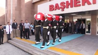 Vatani görevini yaparken hayatını kaybeden asker için tören düzenlendi - ERZİNCAN