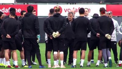 Beşiktaş, Genk maçının hazırlıklarını tamamladı