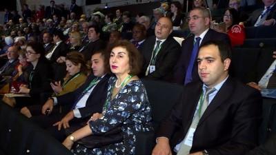 isgal - Azerbaycan'da 6. Uluslararası İnsani Forumu - BAKÜ