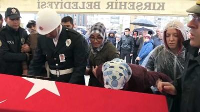 Organlarıyla hayat veren şehit polis memuru toprağa verildi - KIRŞEHİR