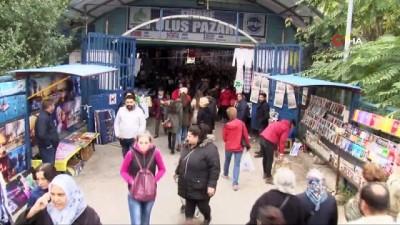 Bulgar akınına uğrayan 'sosyete pazarı' esnafından ilginç çözüm