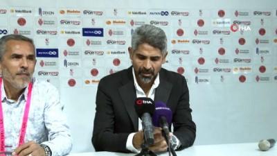 """İsmet Taşdemir: """"İlk kez geriden gelerek bir maçı çevirdik"""""""