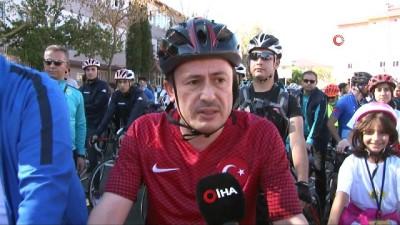 Tuzla'da pedallar Cumhuriyet için çevrildi