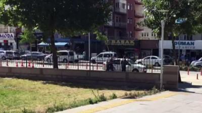 Kırşehir polisinden eş zamanlı dolandırıcılık operasyonu: 2 gözaltı