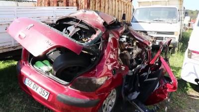 argo - Otomobil tıra çarptı: 2 ölü - ORDU