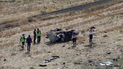 Şarampole devrilen otomobilin sürücüsü öldü - ÇANKIRI