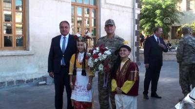 Orgeneral Temel'den Kilis Valisi Tekinarslan'a ziyaret - KİLİS