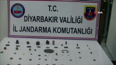 Diyarbakır'da tarihi eser kaçakçıları suç üstü yakalandı