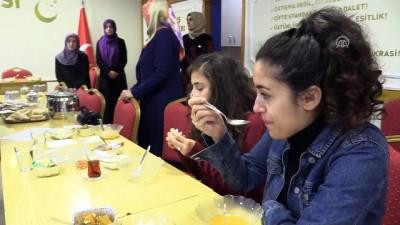 Ev yemekleriyle doğal beslenmeye dikkat çektiler