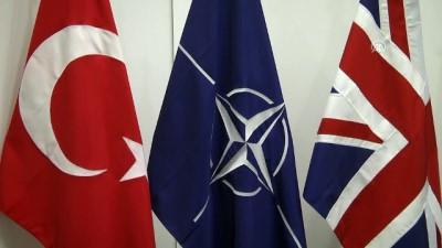 Milli Savunma Bakanı Akar, İngiliz mevkidaşıyla görüştü - BRÜKSEL
