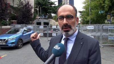 a haber -  Suudi gazeteci için meslektaşları konsolosluk önünde bekliyor
