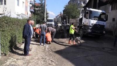 Ana su borusu patladı, iş yeri ve evleri su bastı - DÜZCE