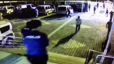 silahli kavga - Karakol önündeki sıcak çatışma kameralara yansıdı