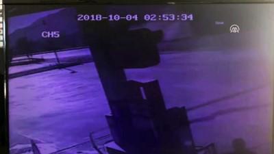 isci servisi - Kamyon ile işçi servisi çarpıştı: 8 yaralı - ADANA