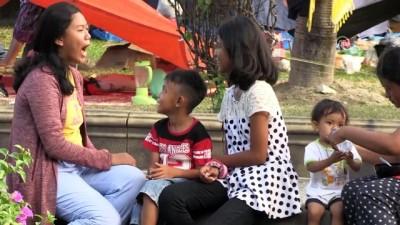 Travma yaşayan depremzedeler evlerine geri dönmek istemiyor - PALU