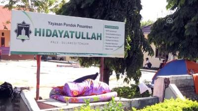 kurtarma ekibi - Tsunaminin ardından sahile cesetler vurmaya başladı - PALU
