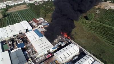 saglik ekibi - Plastik geri dönüşüm tesisinde yangın (2) - BURSA